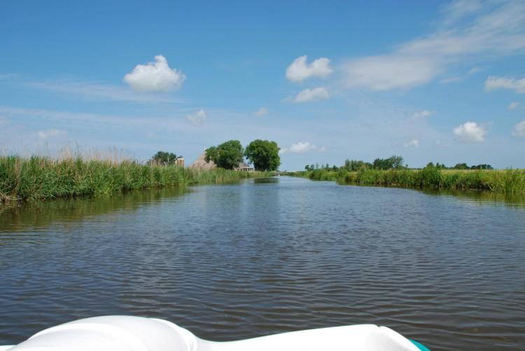 waterfiets en boerderijeb